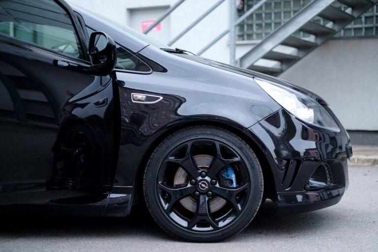 Czy samodzielne mycie samochodu może być skuteczne?